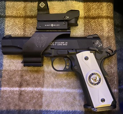 Walther/Colt 1911 .22 with sight mount Walther-colt